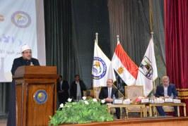 بالفيديو :<center>كلمة معالي وزير الأوقاف <br/>فى لقائه بطلاب جامعة بني سويف<center/>