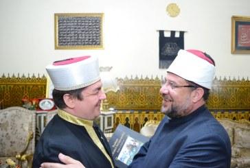 خلال زيارته لوزير الأوقاف: <center> مفتي بولندا يشيد بنجاح <br/> مؤتمر المجلس الأعلى للشئون الإسلامية <br/> وبمستوى مبعوثي الأوقاف لبولندا في شهر رمضان <br/> وبإصدارات الأوقاف العلمية وبخاصة المترجمة <center/>
