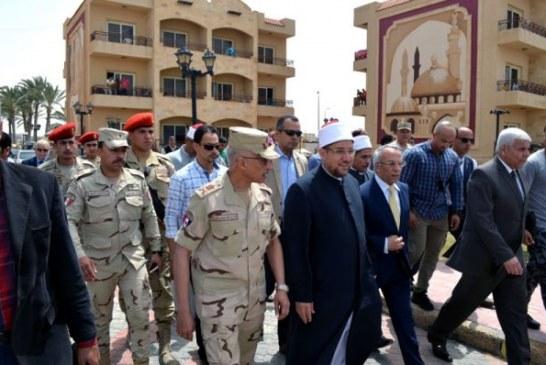 <center> وزير الأوقاف ومحافظ شمال سيناء <br/> يبعثان رسالة أمن من على شاطىء البحر بالعريش <center/>