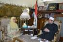 <center> نائب رئيس الجامعة الإسلامية بماليزيا <br/> تشيد بإصدارات الأوقاف وترجمة خطبة الجمعة إلى 15 لغة <center/>
